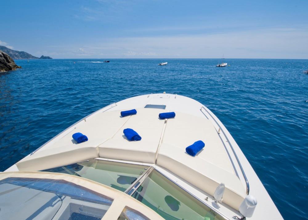 Motorboot mieten in Positano - Itama Itama 38