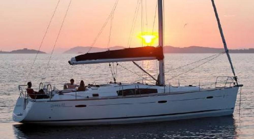 Segelboot mieten in Procida - Bénéteau Oceanis 43