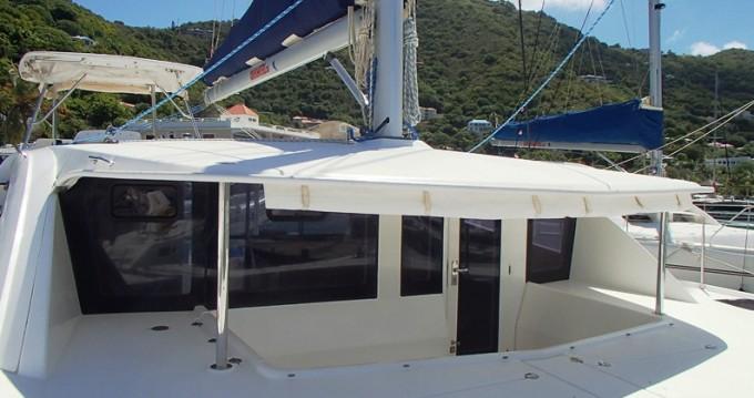 Bootsverleih Tortola günstig Leopard 44