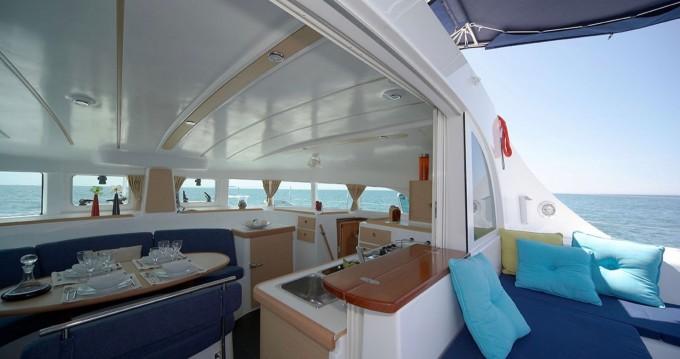 Yacht-Charter in Tahiti - Lagoon Lagoon 380 S2 auf SamBoat