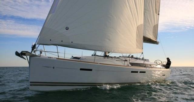 Bootsverleih Lávrio günstig Sun Odyssey 439