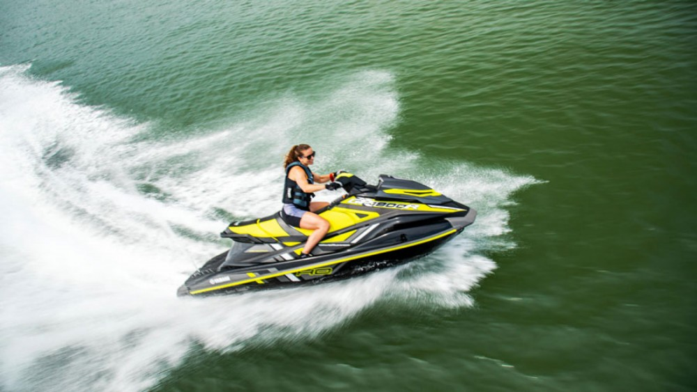 Vermietung Jetski Yamaha mit Führerschein