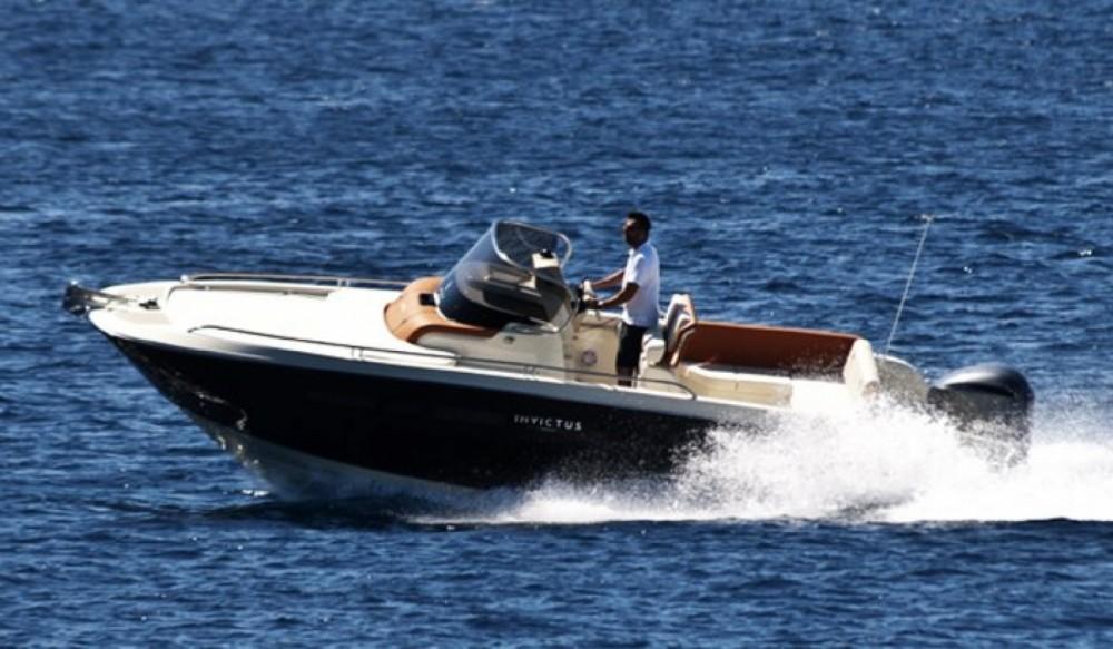 Motorboot mieten in Maó - Invictus Invictus 240 CX