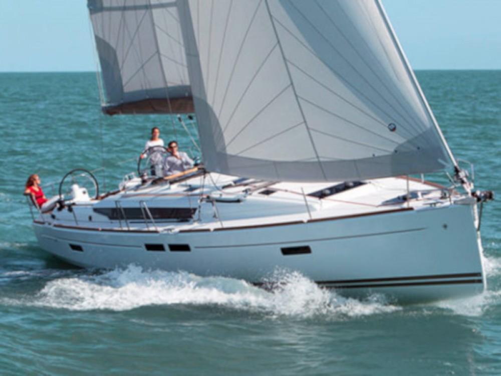 Jeanneau Sun Odyssey 439 zwischen Privatpersonen und professionellem Anbieter