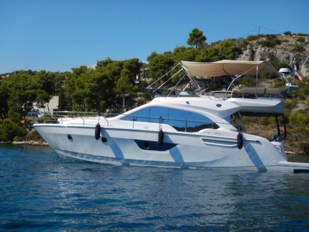 Motorboot mit oder ohne Skipper SESSA mieten in Marina LAV