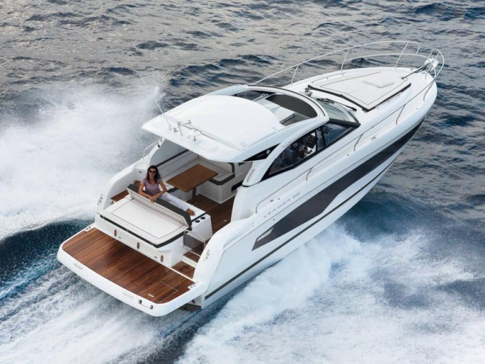 Motorboot mieten in Marina d'Arechi - Jeanneau Leader 36