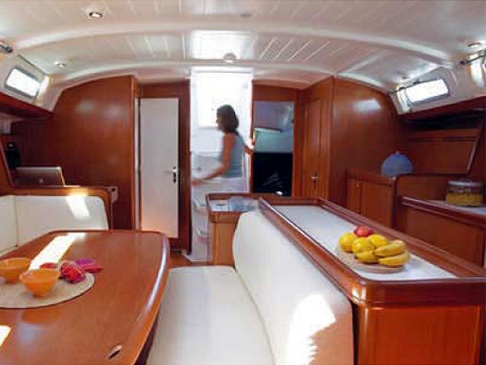 Bootsverleih Bénéteau Cyclades 50.4 Marina Alimos Samboat