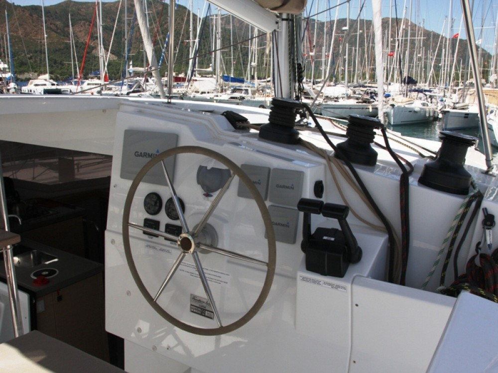 Yacht-Charter in Marmaris - Fountaine Pajot Lucia 40 auf SamBoat