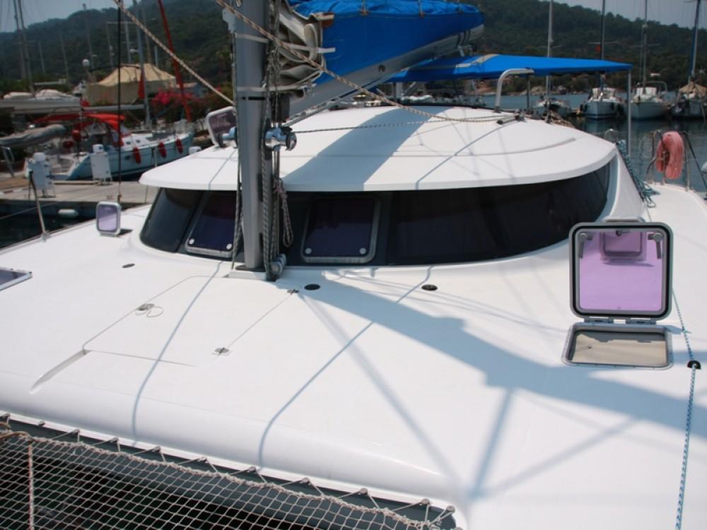 Fountaine Pajot Athena 38 zwischen Privatpersonen und professionellem Anbieter Marmaris