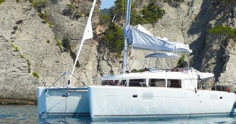 Katamaran mieten in Athen - Lagoon Lagoon 450 F