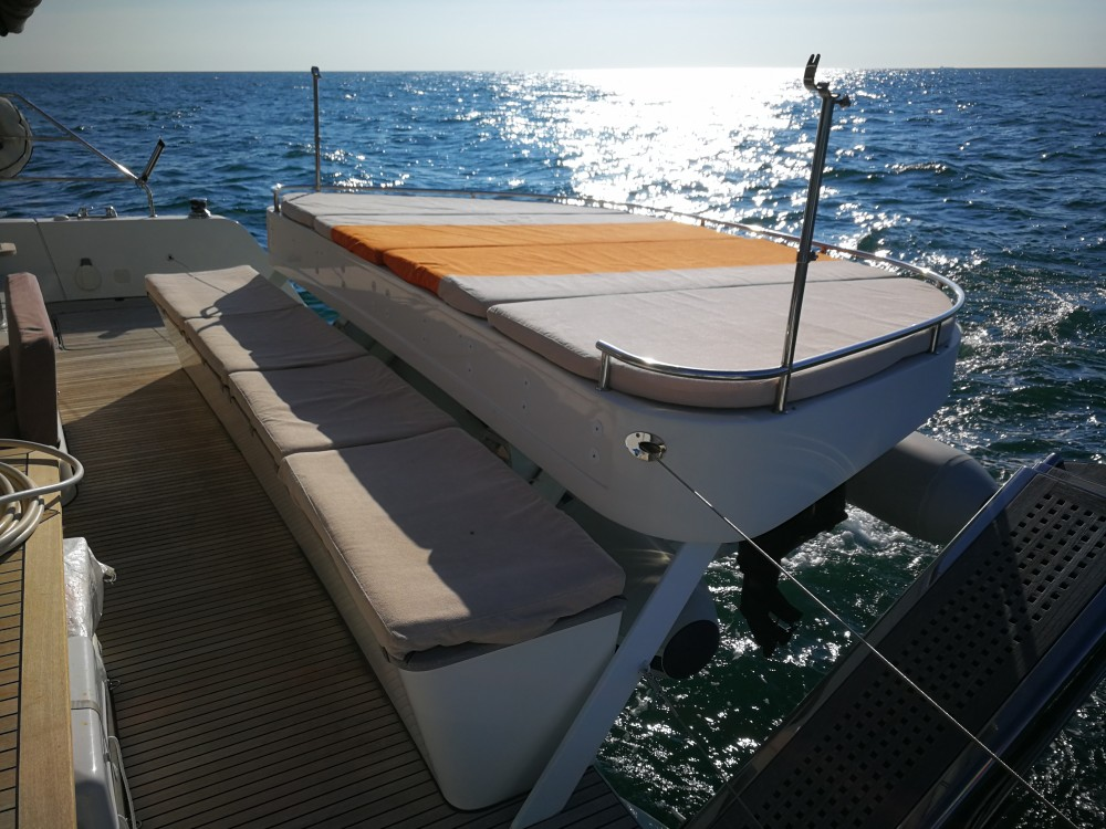 Bootsverleih Cannigione günstig Lagoon 52