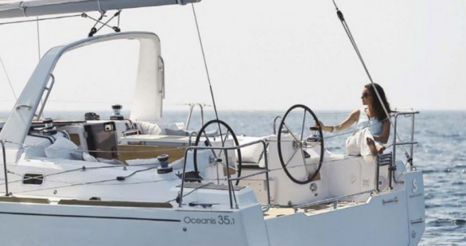 Bootsverleih Bénéteau Oceanis 35.1 Cannigione di Arzachena Samboat