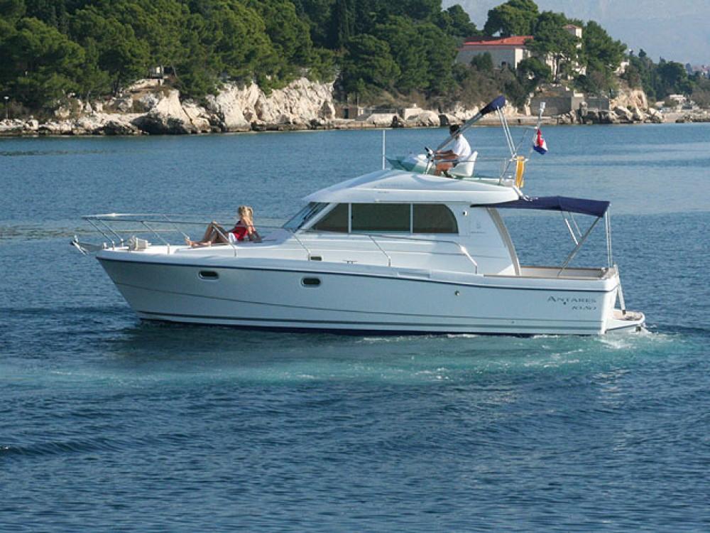 Yacht-Charter in Rogoznica - Bénéteau Antares 1080 auf SamBoat