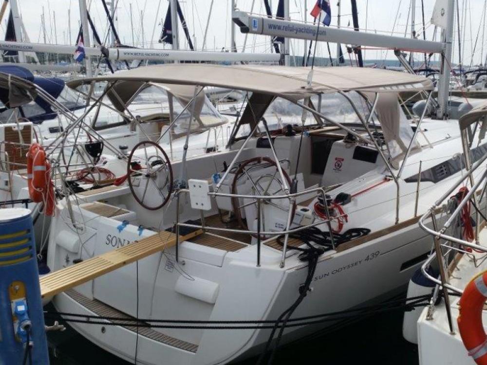Segelboot mieten in Sukošan - Jeanneau Sun Odyssey 439