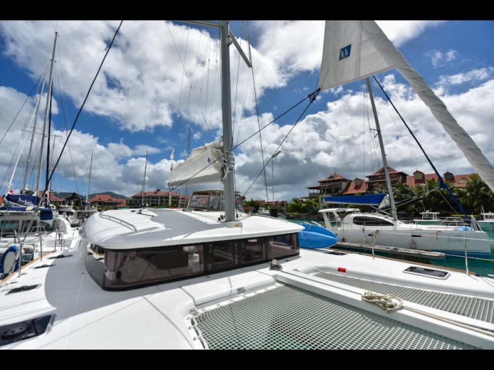 Bootsverleih Victoria günstig Lagoon 400