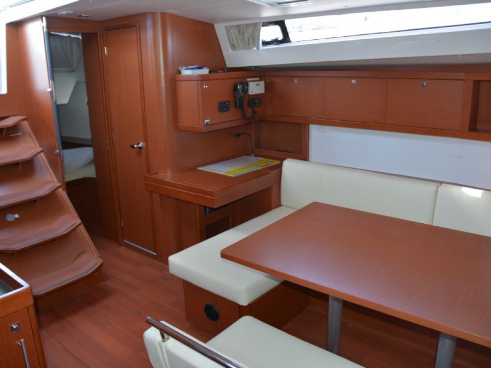 Yacht-Charter in Sukošan - Bénéteau Oceanis 48 auf SamBoat