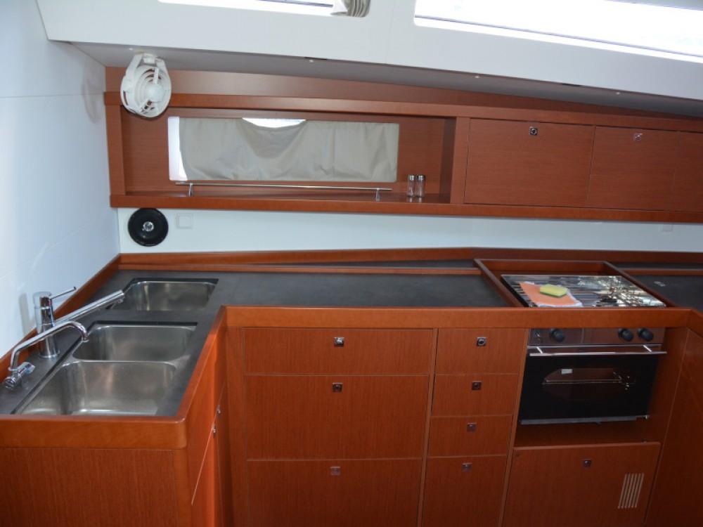 Bootsverleih Bénéteau Oceanis 48 Sukošan Samboat