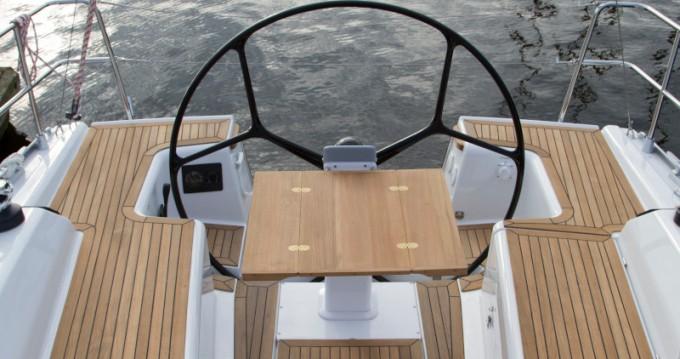 Segelboot mit oder ohne Skipper Dehler mieten in Altefähr