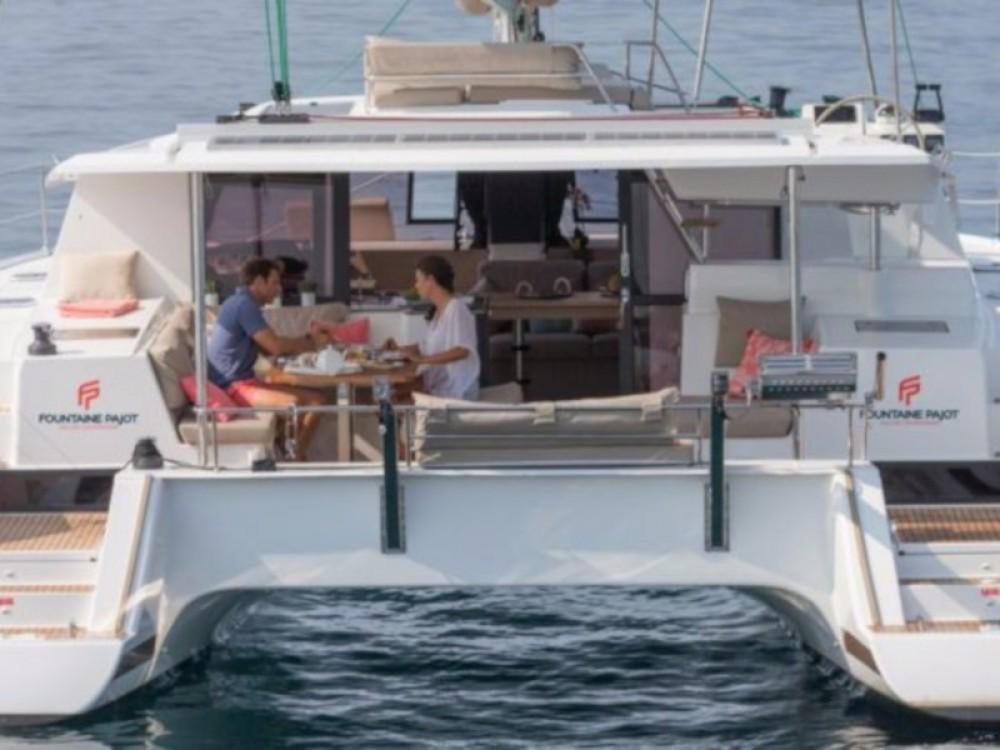 Katamaran mit oder ohne Skipper Fountaine Pajot mieten in