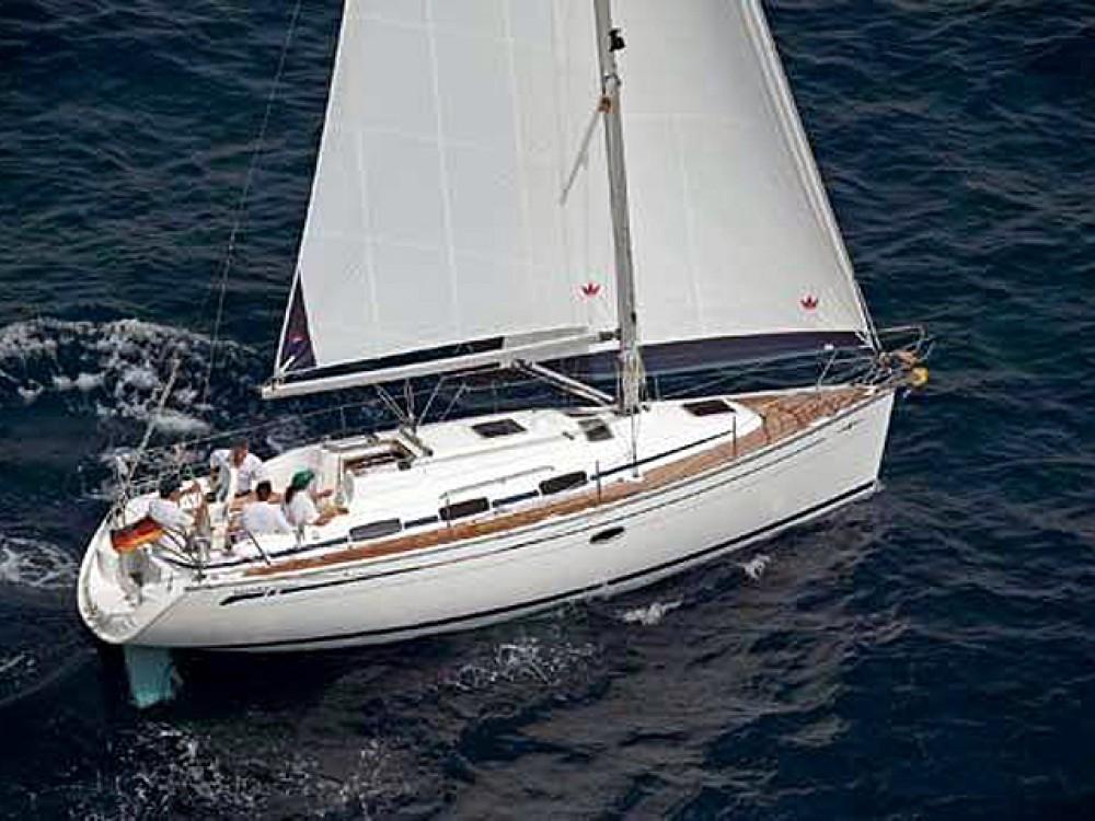 Ein Bavaria Bavaria 33 Cruiser mieten in Lávrio