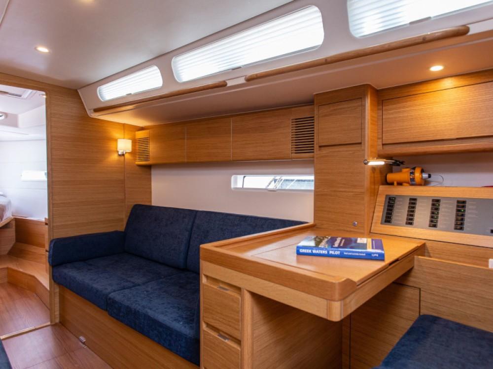 X-Yachts X4-6 model 2019 zwischen Privatpersonen und professionellem Anbieter Olympic Marina