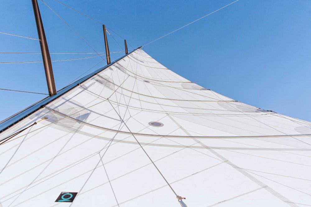 Segelboot mieten in Lávrio zum besten Preis