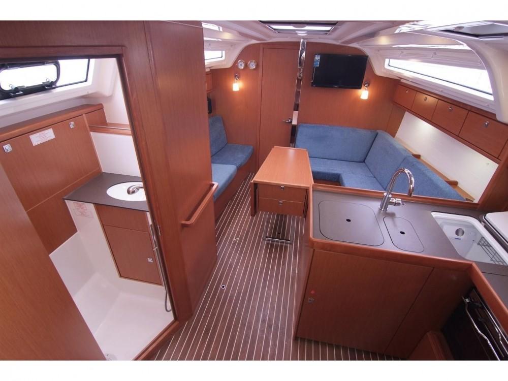 Bootsverleih Bavaria Bavaria Cruiser 37 Krk Samboat
