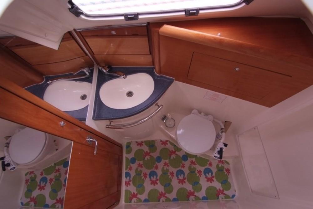 Bootsverleih Bavaria Bavaria 31 Cruiser Krk Samboat