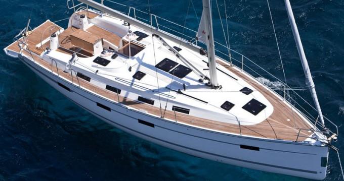 Yacht-Charter in Lefkas Marina - Bavaria Bavaria 40 Cruiser auf SamBoat