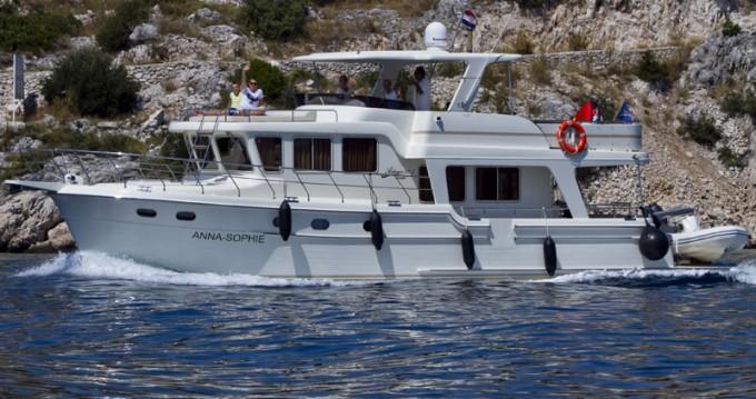 Motorboot mit oder ohne Skipper Adagio mieten in Primošten