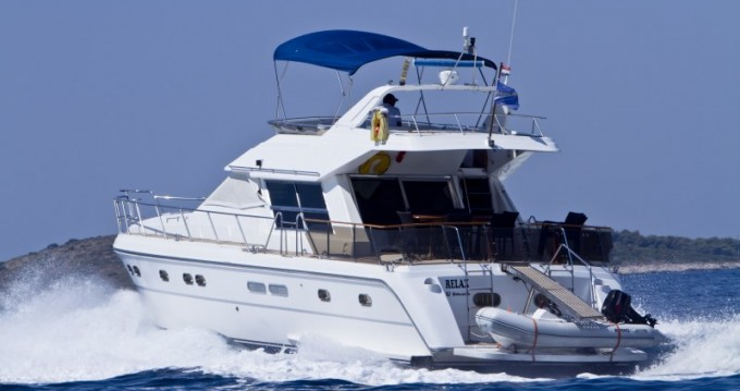 Vermietung Yachten Yaretti mit Führerschein