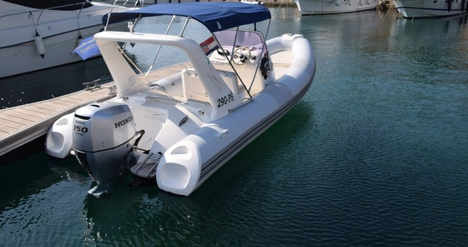 Motorboot mit oder ohne Skipper Brig mieten in Primošten