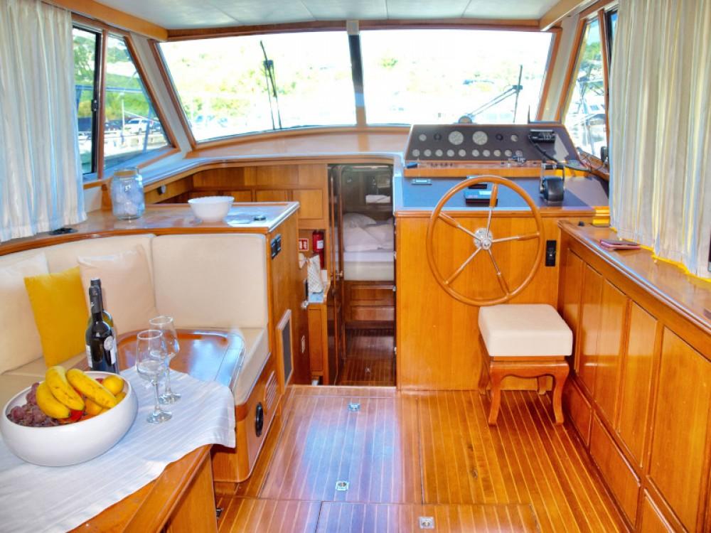 Motorboot mieten in Primošten zum besten Preis