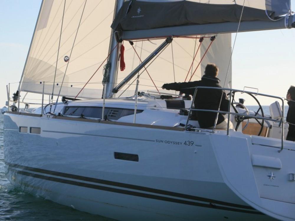 Bootsverleih Jeanneau Sun Odyssey 439 Palma Samboat