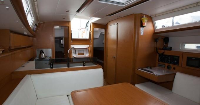 Bootsverleih Jeanneau Sun Odyssey 379 Palma de Mallorca Samboat