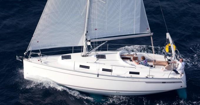Bavaria Cruiser 32 zwischen Privatpersonen und professionellem Anbieter Trogir