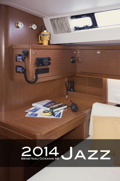 Ein Bénéteau Oceanis 48 (4 cabins) mieten in