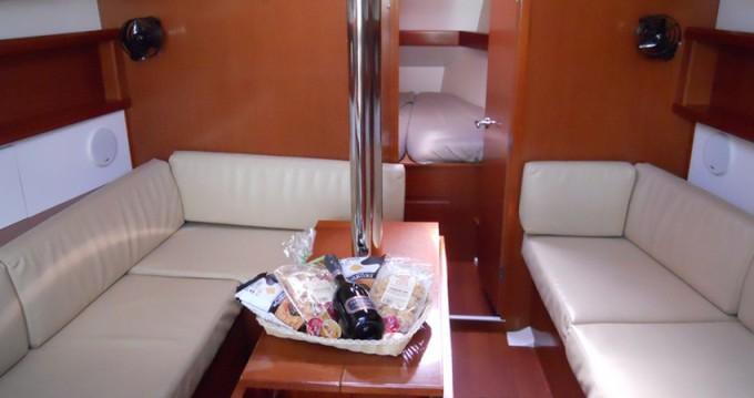 Segelboot mieten in Marina di Portisco - Bénéteau Oceanis 37