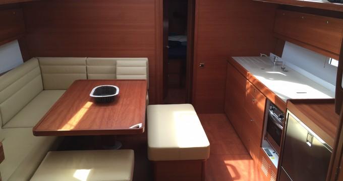 Segelboot mieten in Marina di Portisco zum besten Preis