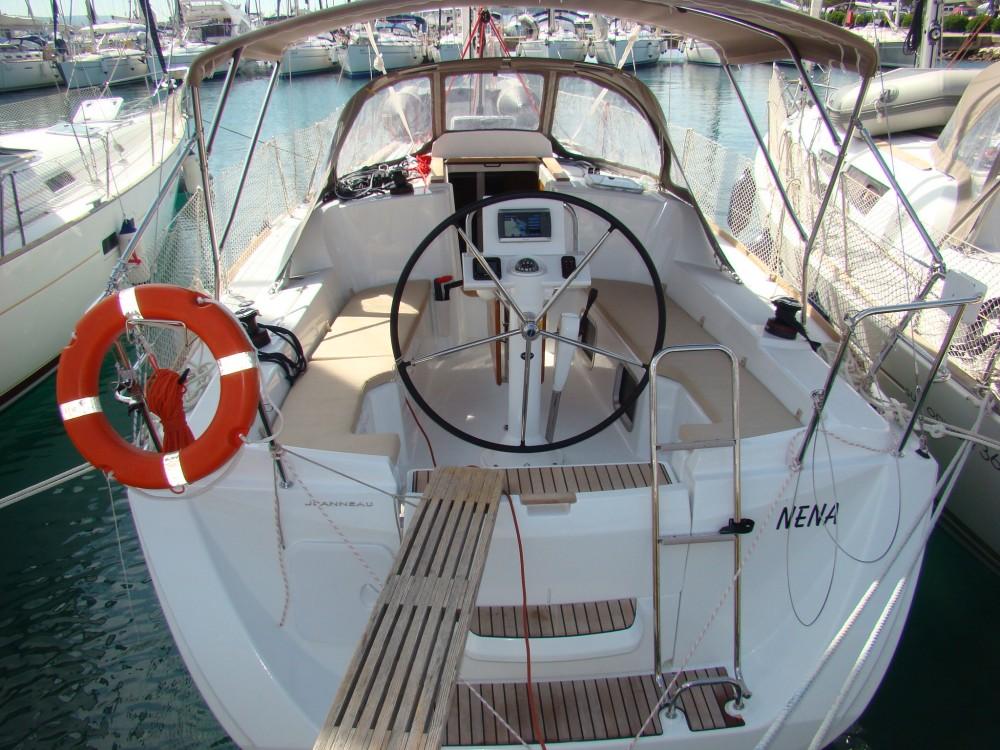 Bootsverleih Jeanneau Sun Odyssey 33i Sukošan Samboat