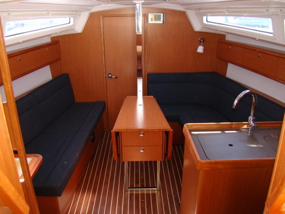 Bootsverleih Bavaria Bavaria 33 Cruiser Biograd na Moru Samboat
