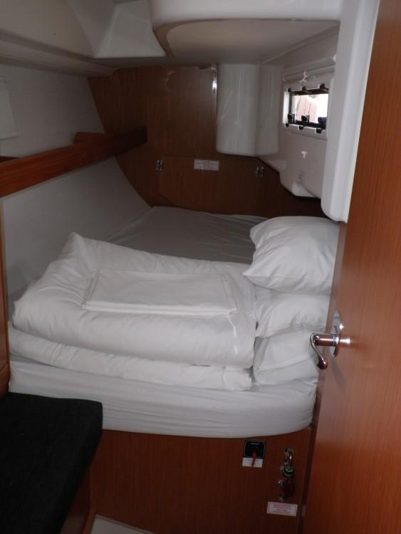 Bootsverleih Bavaria Bavaria Cruiser 33 Sukošan Samboat