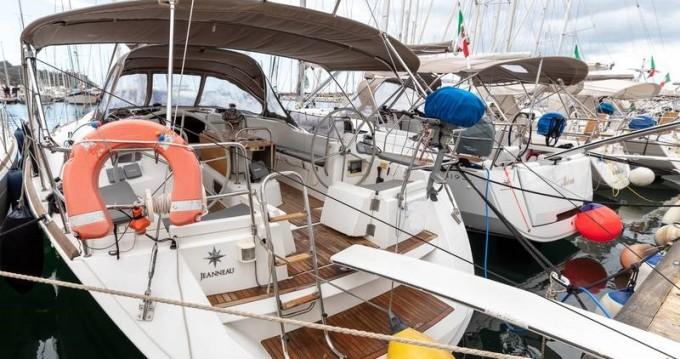 Segelboot mieten in Salivoli - Jeanneau Sun Odyssey 44i