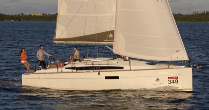 Jeanneau Sun Odyssey 349 zwischen Privatpersonen und professionellem Anbieter Pirovac