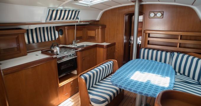 Yacht-Charter in Lefkas Marina - Bénéteau Oceanis 411 auf SamBoat