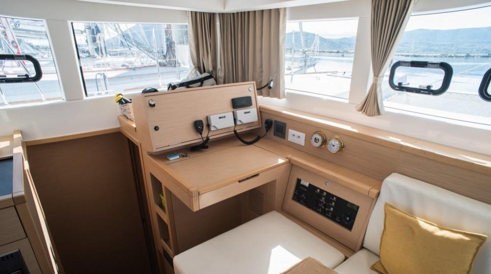Yacht-Charter in Lefkada - Lagoon Lagoon 39 auf SamBoat