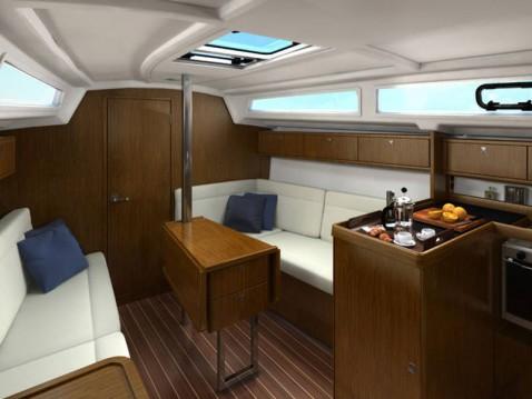 Bavaria Cruiser 33 zwischen Privatpersonen und professionellem Anbieter Lemmer