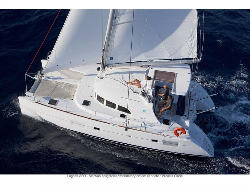Yacht-Charter in Le Marin - Lagoon Lagoon 380 PREMIUM auf SamBoat