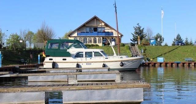 Motorboot mit oder ohne Skipper Linssen mieten in Werder (Havel)