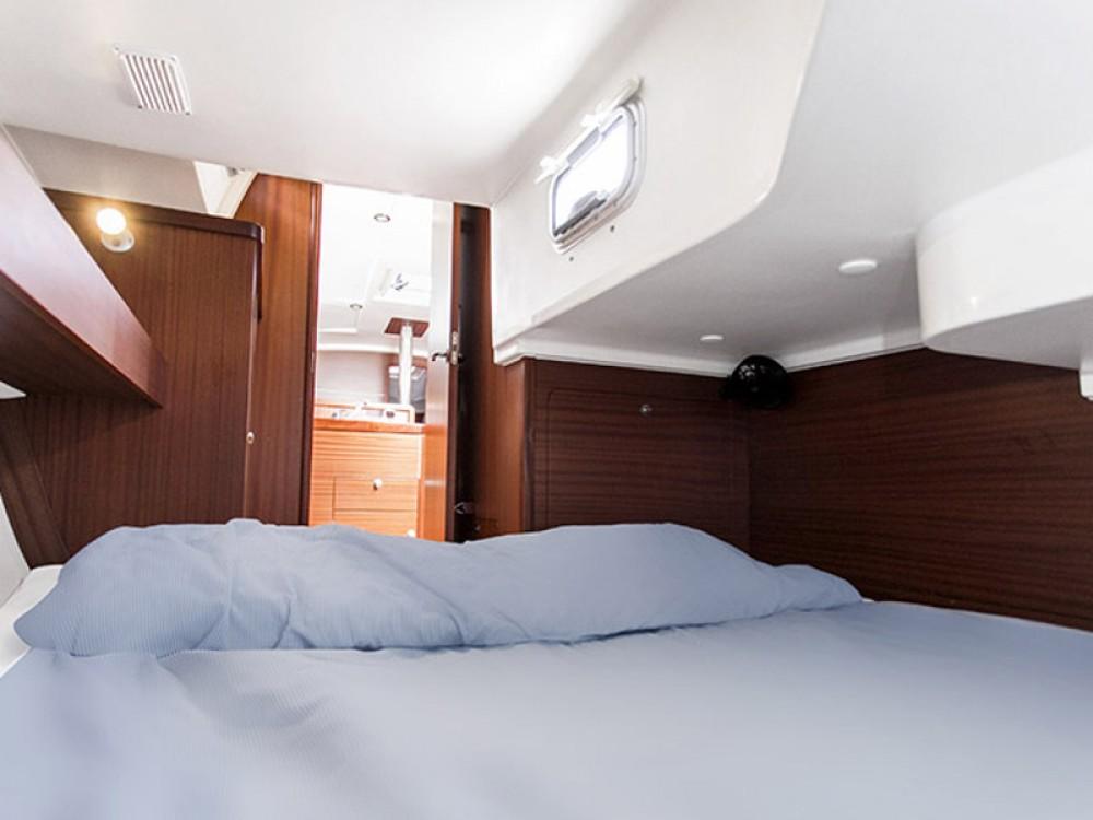 Yacht-Charter in Šibenik - Delphia Delphia 31 auf SamBoat